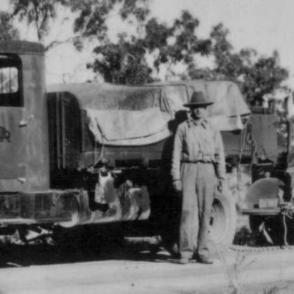Albion Towing Bedford During Ww2 In The Northern Territory